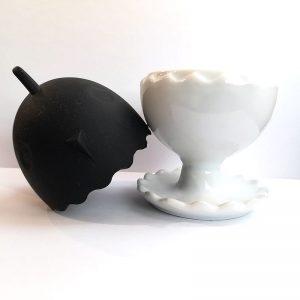 eierbecher-porzellan-schwarz
