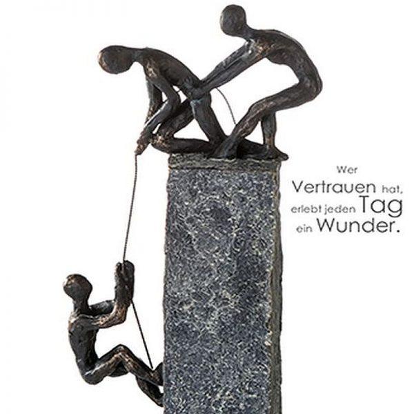 skulptur-assistance-bronze (1)