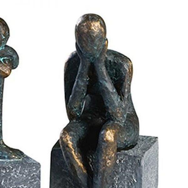 skulptur-lonely-sitzend