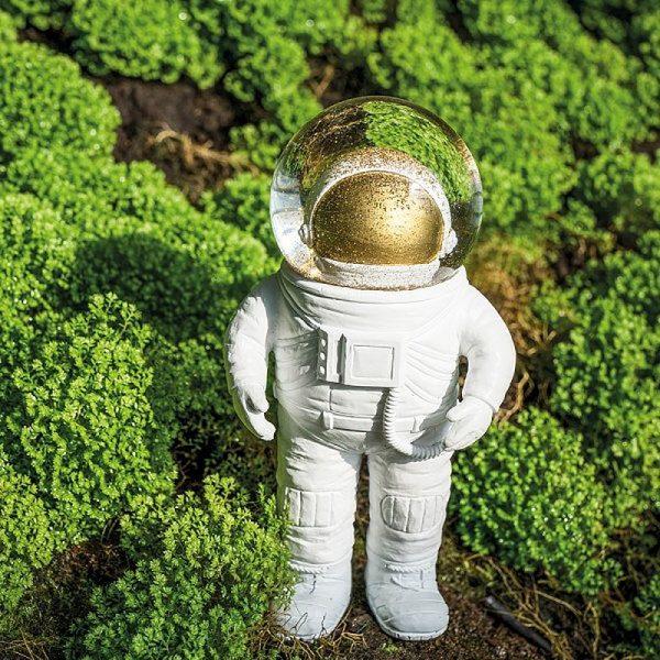schneekugel-astronaut